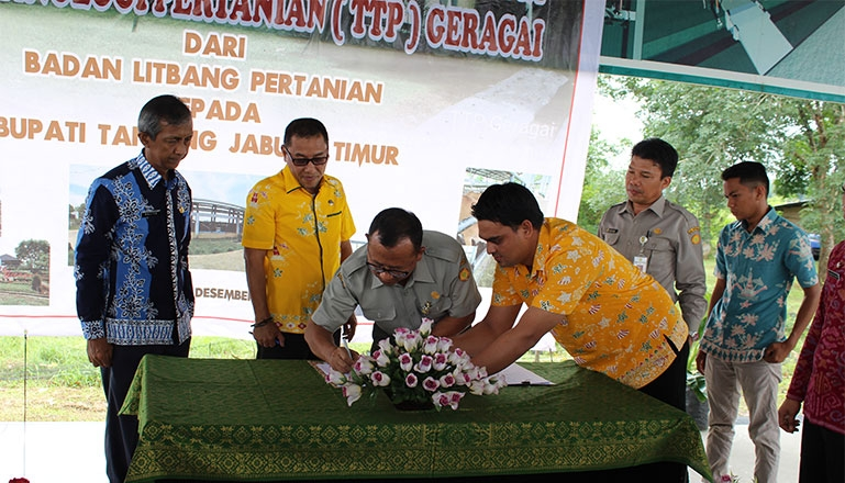 Acceptance of TTP Geragai to the Government of Tanjung Jabung Timur