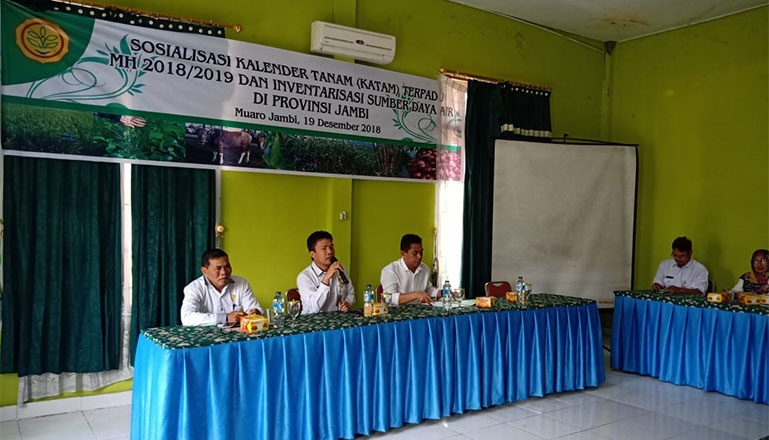 The Socialization of Integrated Agriculture Calendar MT I/MH 2018/2019, Water Source Survey and Seed Production Technology